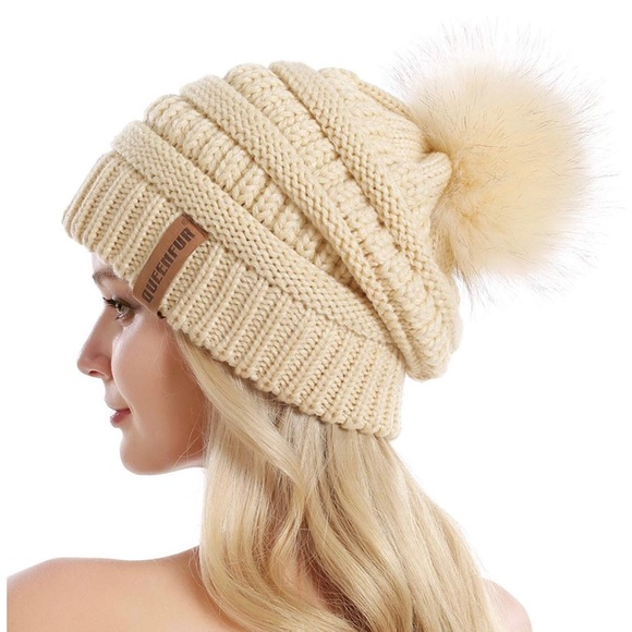 b5458422b9c 5⭐ Rated Slouchy PomPom Beanie w Removable PomPom